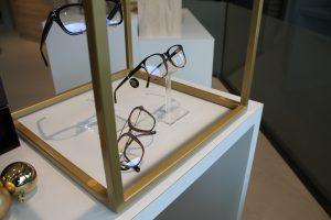Voorbeeld van brillen display